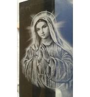 Изображение ангела на памятнике из гранита